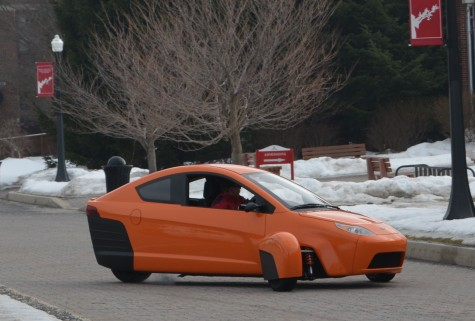 Troubadour Video Exclusive: Elio prototype drives on mall