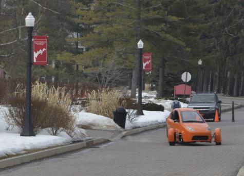 Troubadour Video Exclusive: Elio prototype drives on the mall