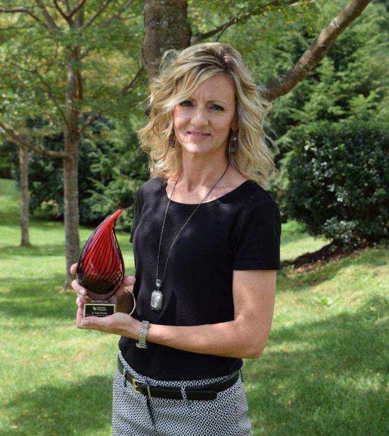 Communications faculty member wins dissertation award