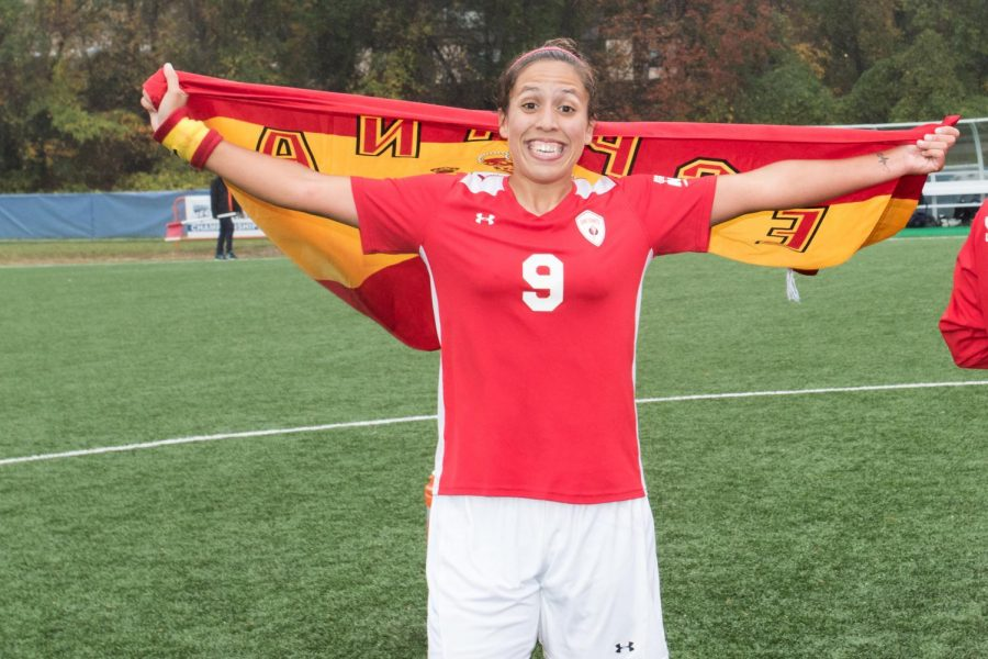 Former SFU soccer star playing professionally in France