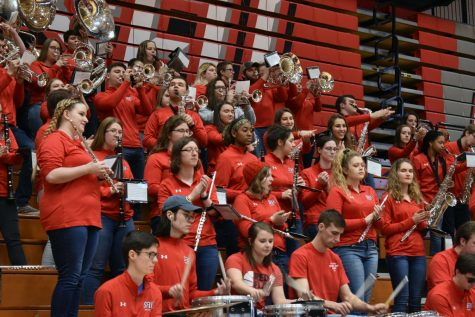 Students, alumni prepare for Red and White Game