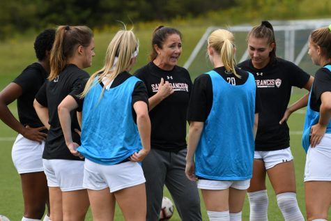 Women's Soccer Raises Money for Children at Soccer Without Borders Game