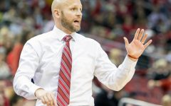 Krimmel Earns 100th Win as Head Men's Basketball Coach; SFU ESports Off and Running