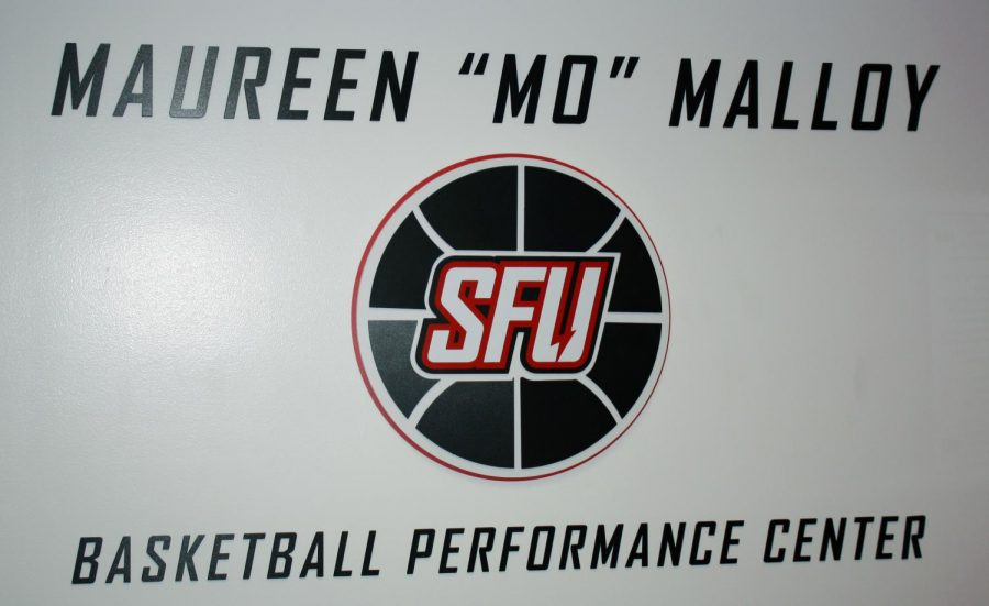 "Athletics Facility Named in Honor of ""Mo"""