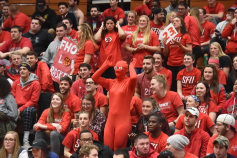 Larger Crowd Provides Boost to Red Flash Hoops Team