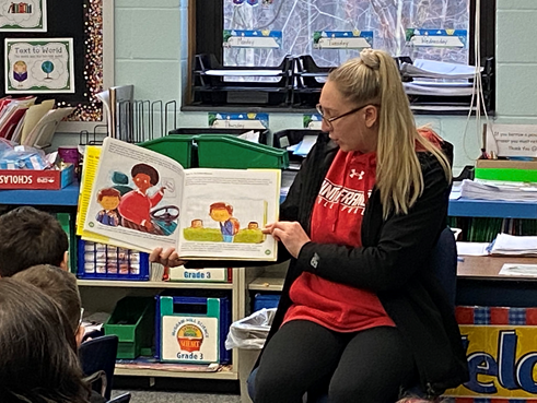 """Student-Athletes Participate in """"Read-Across-America Week"""""""