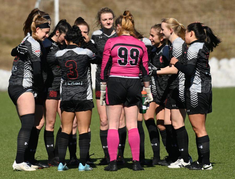 Women's Soccer Celebrates Senior Day